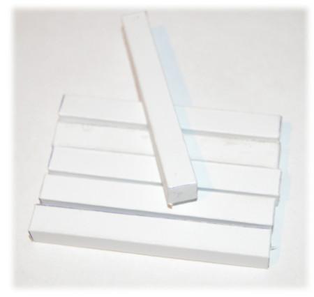 Zestaw profili o przekroju prostokątnym potrzebnych do wykonania konstrukcji wiaty samochodowej
